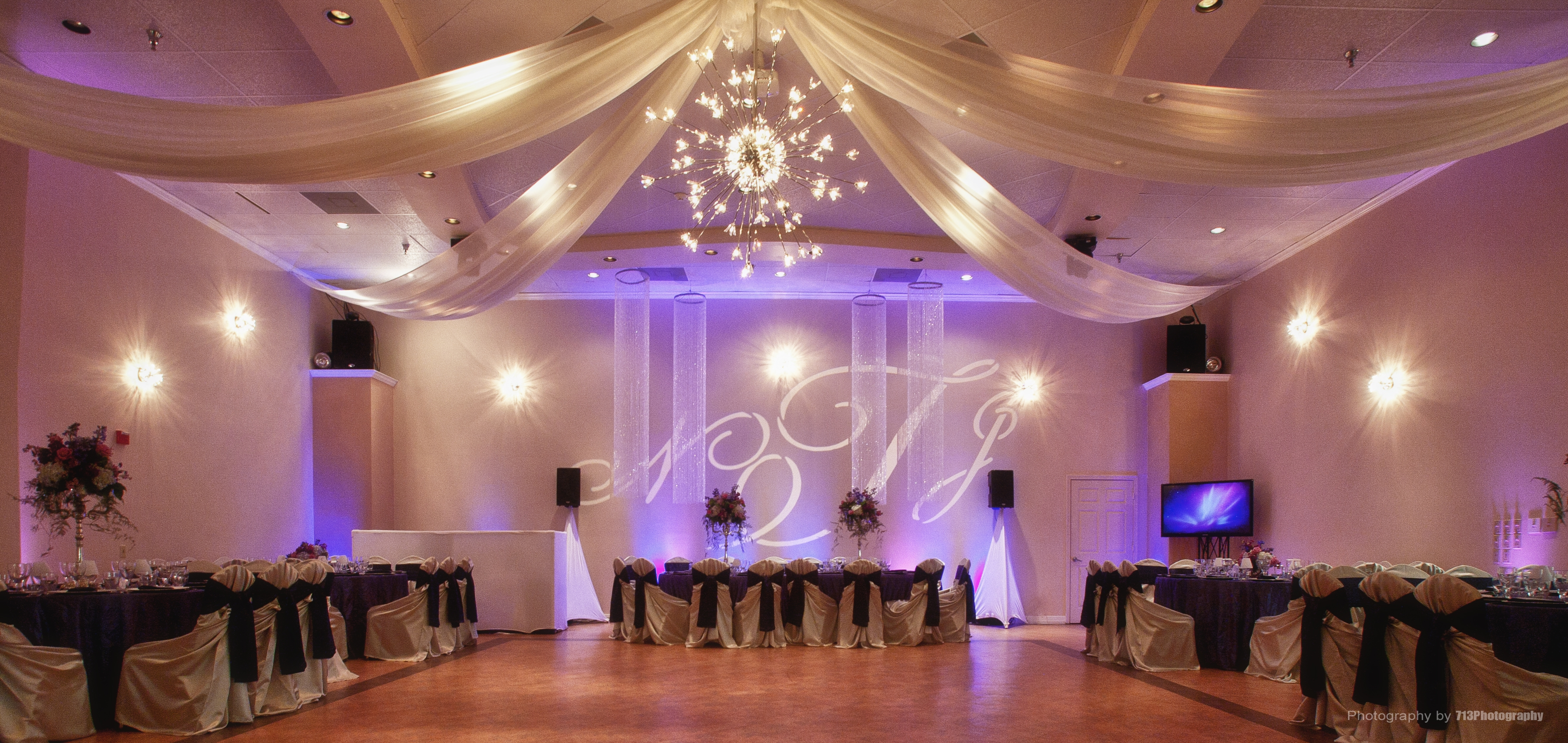 Houston event venue demers wedding quince demers banquet for Ball room decoration